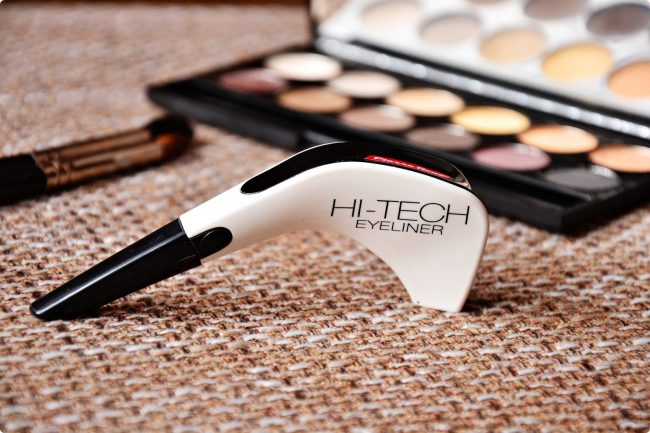 Kosmetická technologie: Hi-Tech Eye liner od Pierre Rene